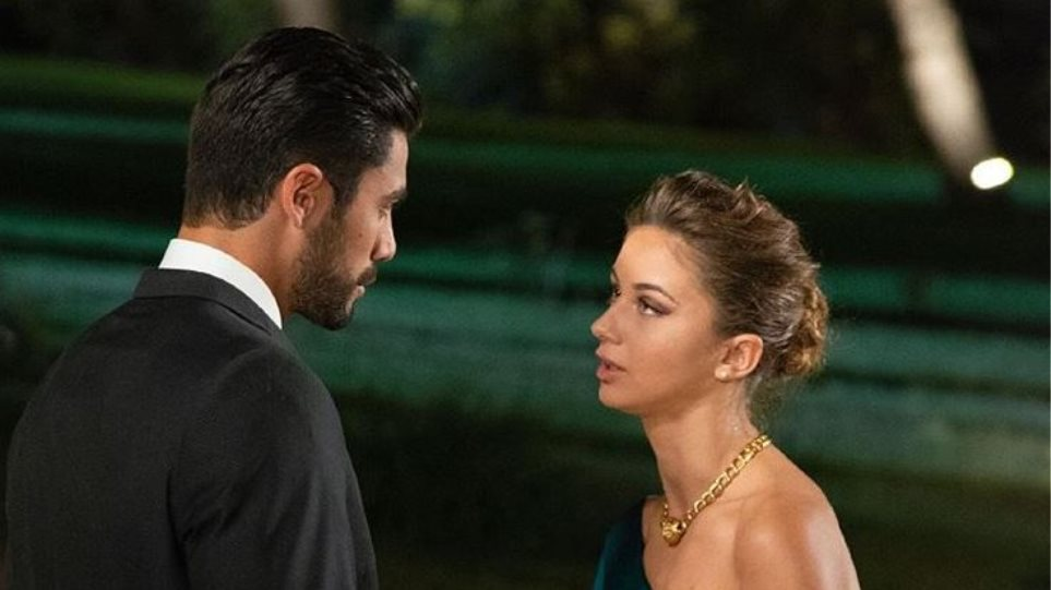 Photo of The Bachelor: Η πρώτη παίκτρια που έριξε… χυλόπιτα στον Παναγιώτη